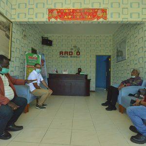 Persiapan di Radio Publik Mimika 102FM.